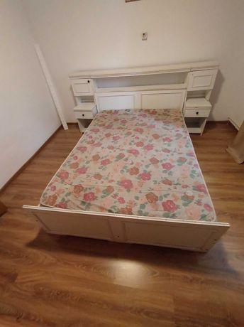 Mobila dormitor.