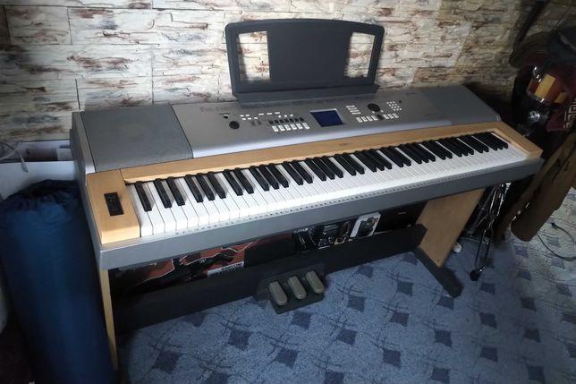 цифровое пианино Yamaha DGX-630 (для новичков и профи)