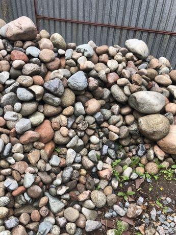 Декоративный камень (галька, голыш)
