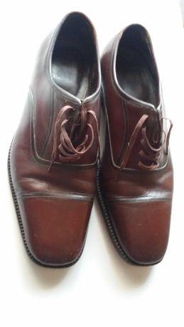Продавам официални мъжки обувки