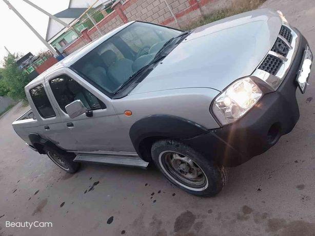 Продам  Nissan NP300 pikup