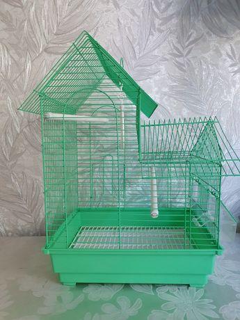 Клетка для попугая. Можно сказать новая. Пользовались от силы 1-2 мес.