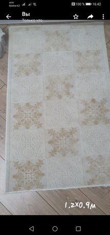 Продам ковры в хорошем состоянии