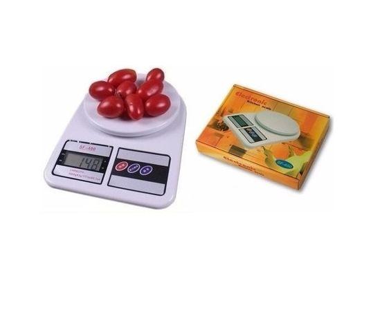 Електронна кухненска везна измерваща до 7 кг.