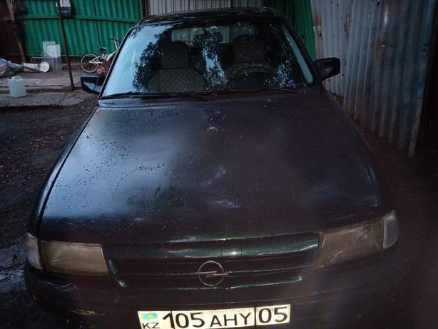 Opel Astra F avtomat 1994