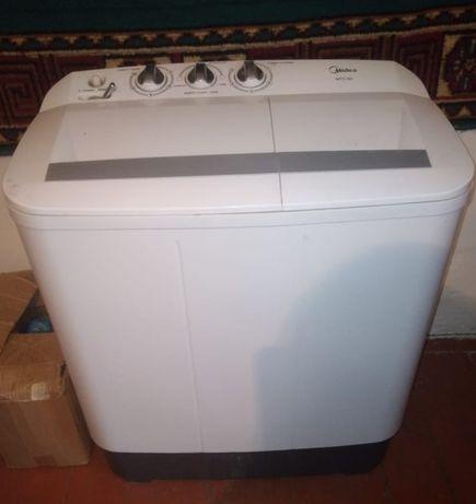 Продам стиральная машина полу автомат. Почти новая