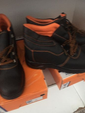 Работни обувки боти