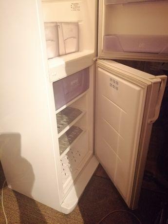Продам холодильник.