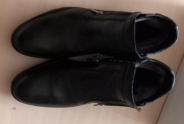 Зимние мужские кожаные сапоги на натуральном меху.