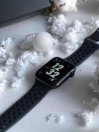 Продам Apple Watch S5