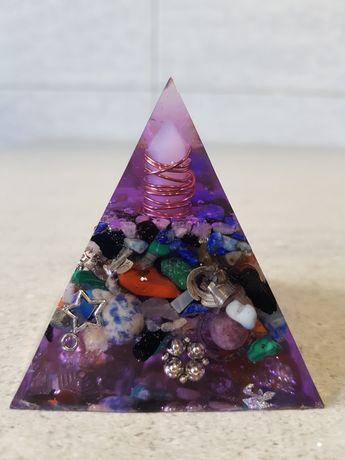 Piramida orgonica pentru somn