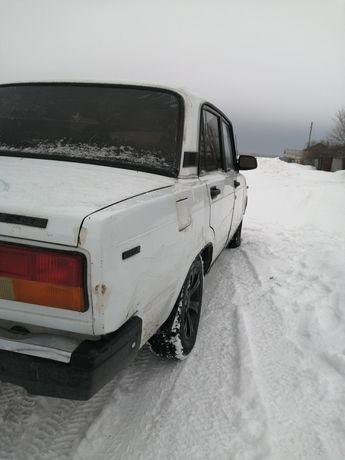 Машина 2107 Жигули