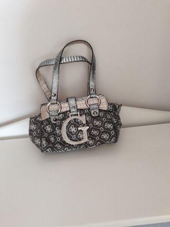 Дамски малки чанти GUESS