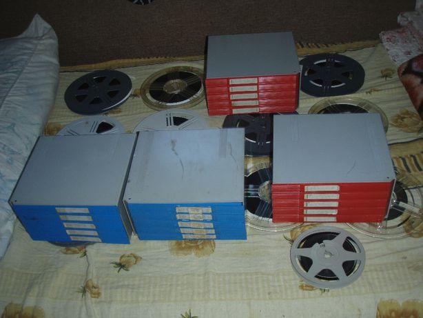 Cutii pentru 6 role de film 8mm