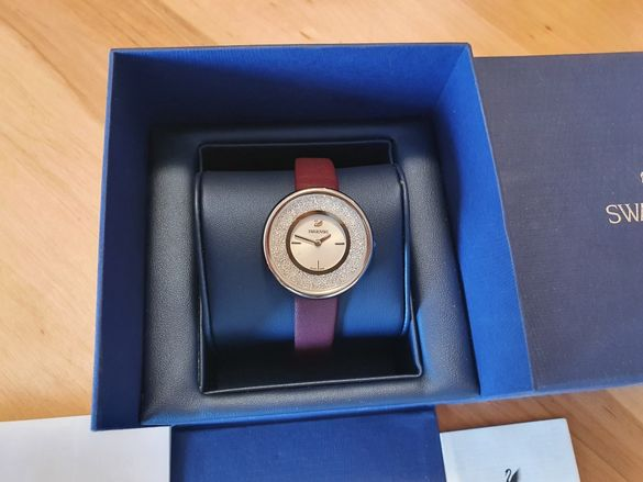 Часовник Swarovski