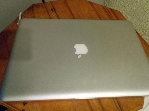 Dezmembrez Laptop MacBook Pro,
