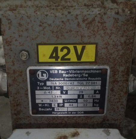 Двигатель 3-х фазный 42 вольта 1,3 кВт