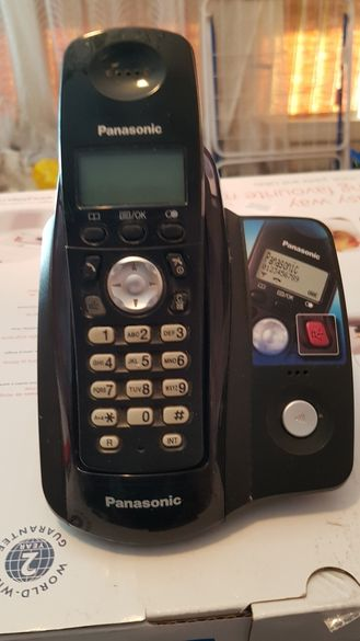 Стационарен телефон panasonic