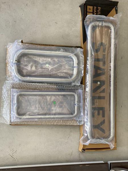 Алуминиеви дръжки за врати с. Руен - image 1