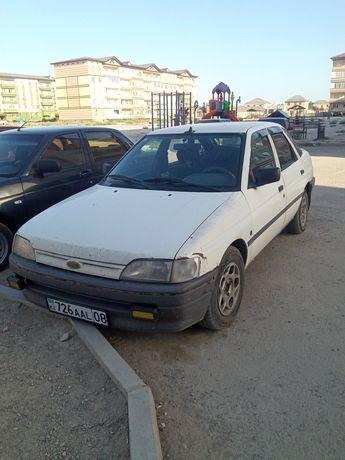 Ford escort 1992