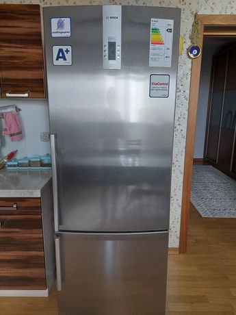 Продам холодильник Bosch