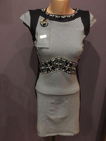Нови рокли размер С -20 лв за бр