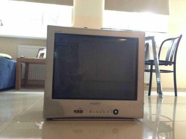 Vand televizor Samsung diagonala 54 cm ecran plat model: CZ-21K22T