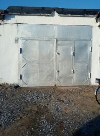 Продам гараж в  обществе N 15