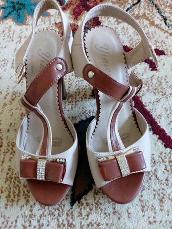 Женская обувь (боссножки)