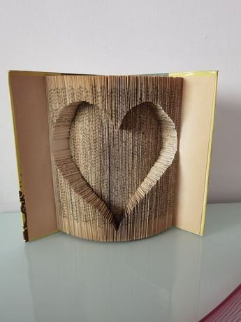 Книга сувенир подарък