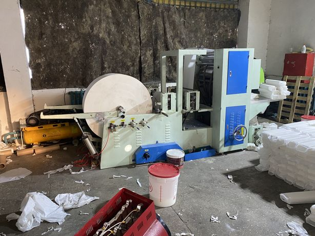 Станок по производству листовых z полотенец
