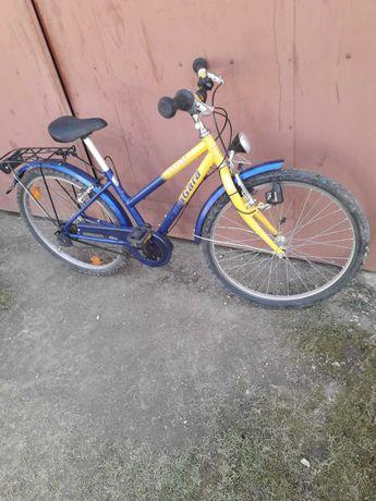 Bicicleta cu roti marimea 24