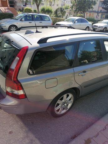 Vând Volvo v50 2007