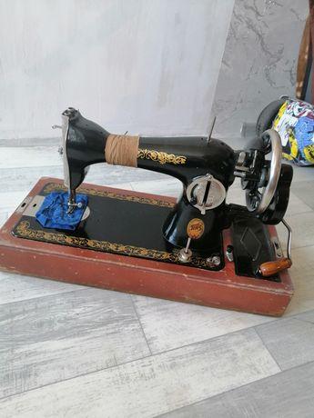 Швейная машинка ручная бу