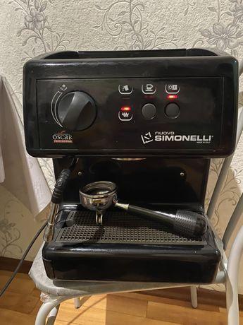 Кофемашина NUOVA Simonelli Oscar gr I + кофемолка Nuova Simonelli MCF