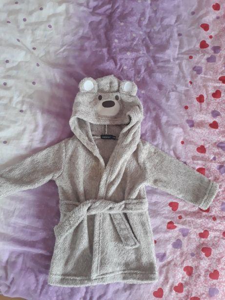 Halat de baie, blugi Zara cămașă  H&M