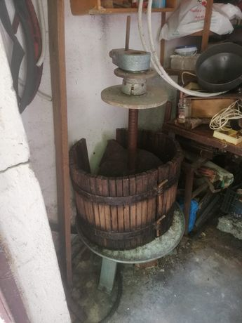 Vand storcator si zdrobitor struguri+ circular