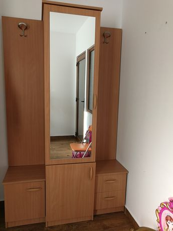 Mobilier solid hol