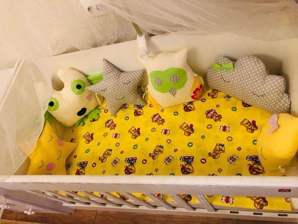 Декоративни възглавници и спални комплекти за бебешки кошари-20лв.