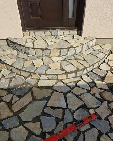 Vand și montez piatra calitate garantata