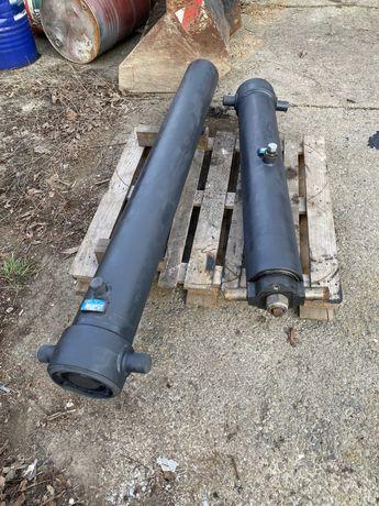 Vând cilindri basculare Hyva