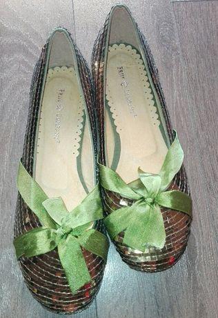 Обувки с пайети Friis&Company