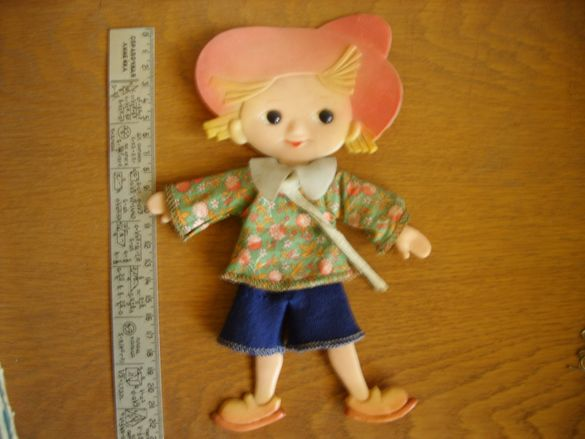 Руска кукла Незнайко