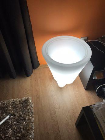 Модерна амбиентна лампа