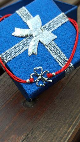 Сребърна гривна. Гривнички от червен конец със сребро 925