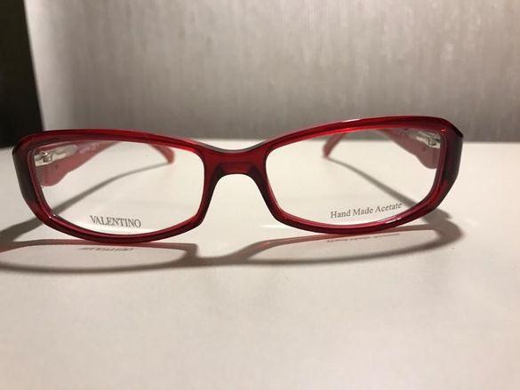 Нови диоптрични рамки за очила Valentino с камъчета