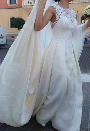 Rochie de mireasa A-Line