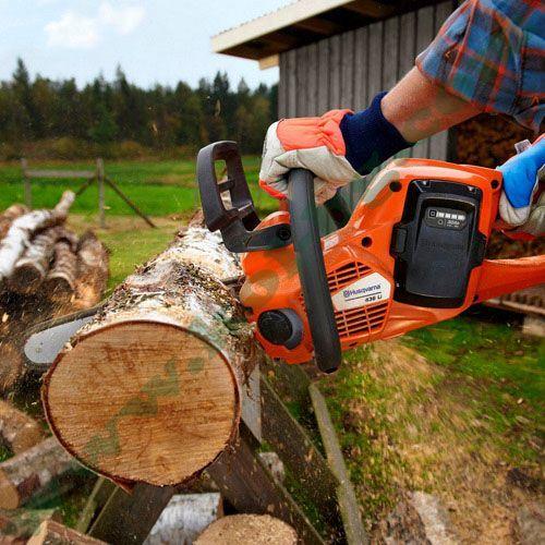 Режа дърва за огрев с. Лозен - image 1
