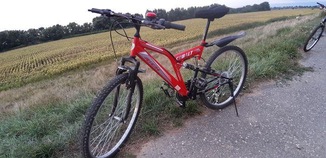 Vând două biciclete identice