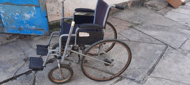 Отдам коляску для инвалидов